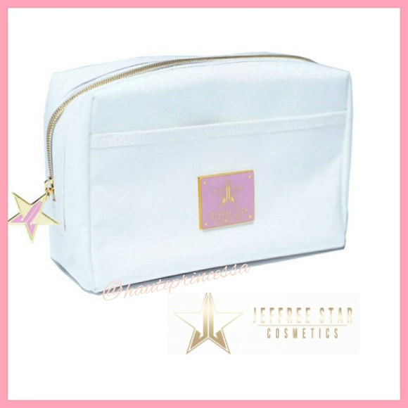Jeffree Star Handbags - 🔺BOGO 1/2 OFF🔺🌟Jeffree Star White Makeup bag